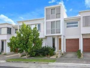 Medium sized room close to beach, Maroubra Junction and UNSW Little Bay Eastern Suburbs Preview