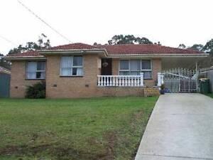 Mooroolbark House to let  weekly $370/$400 negotiable Mooroolbark Yarra Ranges Preview
