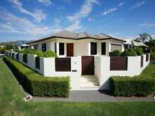 Clean and spacious house at Douglas needs one a fill-in housemate Townsville City Preview