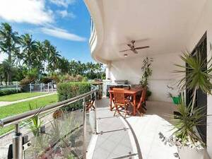 Esplanade location in beautifully furnished apartment Cairns Cairns City Preview