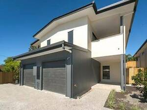 BREAK LEASE!! Beautiful townhouse in Southport Southport Gold Coast City Preview