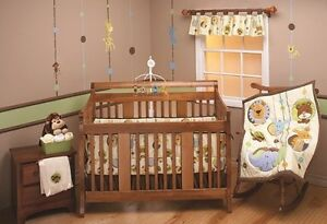New Toddler/crib  infant bedding 4 piece set animal, boy or girl