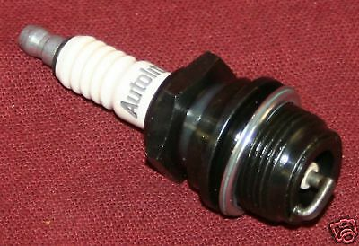 New Autolite Spark Plug 3076 International La Lb Hit Miss Ford A