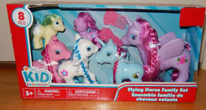 Flying Horse and pony Family Set - BRAND NEW