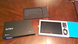 Surface RT 64 GB *Great condition *