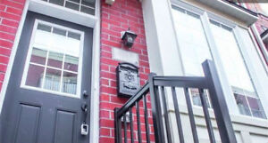 New 4 Bdr/2 Bth Townhome Downtown! Parking & Utilities Included!