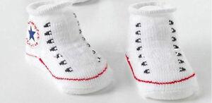 Converse AllStar Chucks Babyschuhe Socken Geschenk Geburt Taufe Babygeschenk