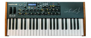 David Smith Instruments DSI Mopho x4 -  mint. ANALOG SYNTH