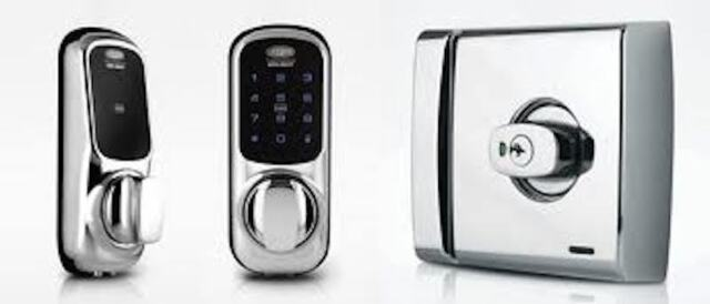 Lockwood Keyless Digital Door Lock 001 Touch 001T1K1CPDP -Deadlatch-Free Postage