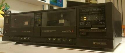 VINTAGE TECHNICS DOUBLE CASSETTE PLAYER/MADE IN JAPAN