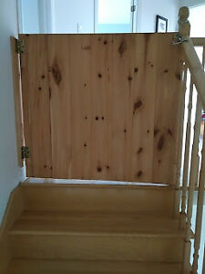 Barriere pour bebe / animal  / Baby/animal gate