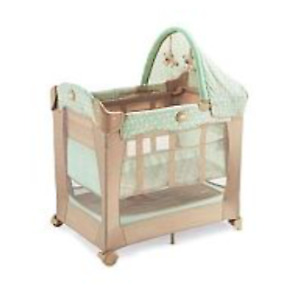 Graco Travel Lite Pack 'n Play with stages in Cabo