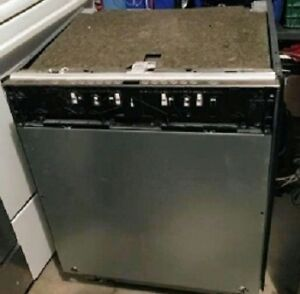 ****EXCELLENT SAVINGS BRAND NEW PANEL READY BOSCH DISHWASHER****