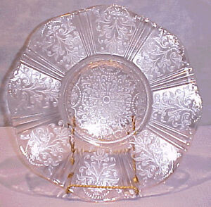 MacBeth Evans PINK Depression Glass Sweetheart Plate 12 INCH Kitchener / Waterloo Kitchener Area image 1