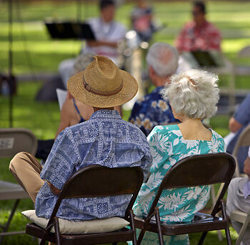 How to Choose the Right Concert Tickets for Grandparents