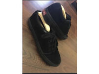 Vans size 9 all black