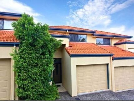 MOUNT GRAVATT EAST TOWNHOUSE- $160 Fully Furnished Mount Gravatt East Brisbane South East Preview