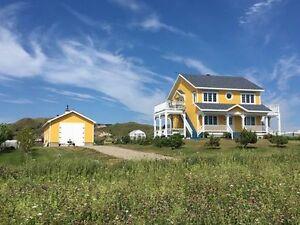 Maison 2 étages à vendre Îles-de-la-Madeleine