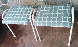 Two Lovely Vtge Stools (Pierrefonds) West Island Greater Montréal image 2