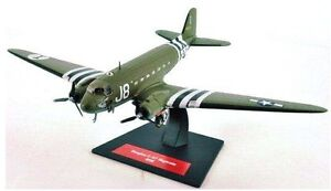 DOUGLAS C-47 SKYTRAIN DAKOTA D DAY STRIPES AC21 ALTAYA USAF 1:144 SPECIAL OFFER