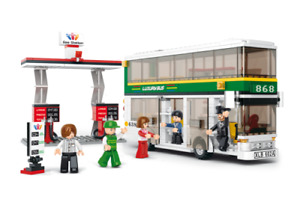 Sluban B0331 Double-Decker Bus and Gas Station