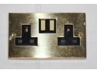 BRASS FINISH DOUBLE PLUG WALL SOCKETS