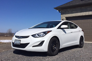 2016 Hyundai Elantra L Sedan WITH WARRANTY WINTER TIRES ON RIMS
