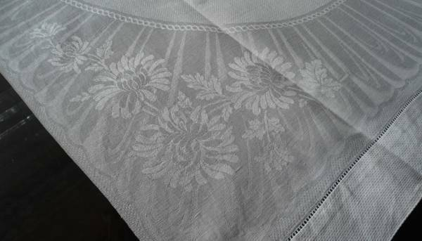 Large Vintage Irish Linen Damask Guest Hand Towel Art Deco Stripes & Mums