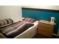 Lovely rooms near Wimbledon Station