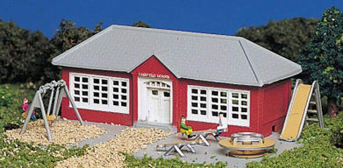 Bachmann School House With Playground Equipment Built-up Building N Scale