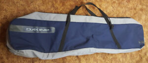 Dakine snowboard bag. Excellent condition