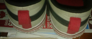 Womens size 10  sneakers