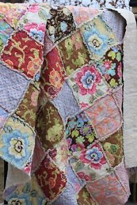 IM LOOKING FOR YOUR UNWANTED RAG QUILT
