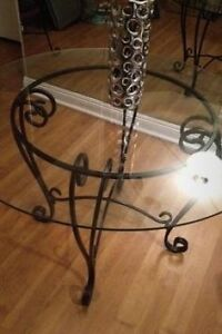 Wrought iron, Pier 1 table with chairs Windsor Region Ontario image 2