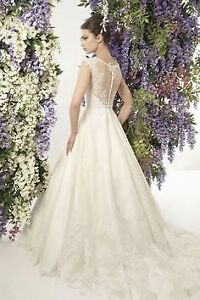 Beautiful A-Line Lace Wedding Gown for Sale - size 8