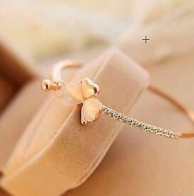 BRAND NEW - Women Heart Bracelet, Heart Charm Bracelet, Heart Adjustable Bracelet
