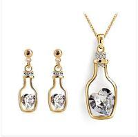 Set bijoux brand new -collier et boucles d'oreille-bouteilles