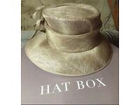 Ladies formal/wedding hat.