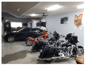 Do it yourself garage parking storage units for rent in st motorcycle storage space available solutioingenieria Image collections