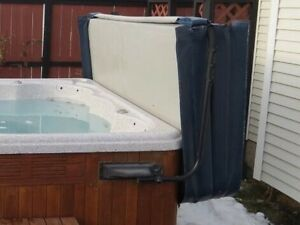 HOT TUB COVER LIFTER, ADJUSTABLE WIDTH