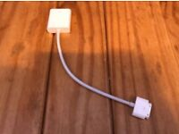 Genuine Apple 30 pin to VGA adapter MC552ZM A1368