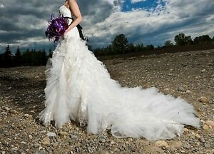 $400.00 - Beautiful Wedding Dress