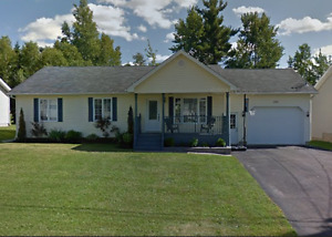 Beautiful udpated bungalow in Dieppe