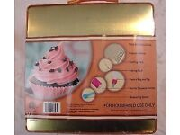 Bella cupcake maker kit