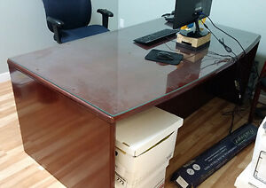 Good Quality Wood Desk with Credenza Filing Cabinet