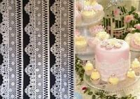WAFER PAPER SNOW FLAKES OR EDIBLE SUGAR LACES FOR CAKES