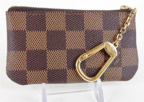 5e944e53b8b5 Louis Vuitton Key Pouch