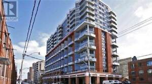 1Br 1Wr 2 Storey Loft Parking Downtown Toronto 255 RICHMOND ST E