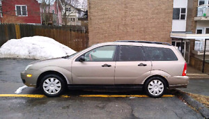 2005 Ford Focus w winter tires - good rims