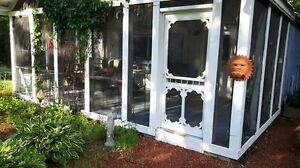 15 km S NB  HOUSE  no lease  all inclusive  in garden setting
